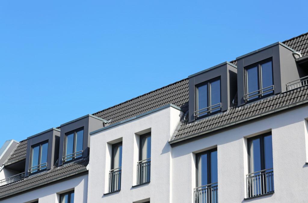 Neubau mit vier Dachgauben